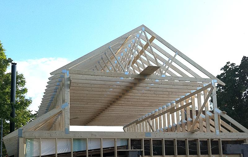 Takarbeten och renovering av tak - Skänninge Bygg